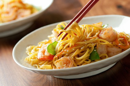 Shrimp and noodle stir fry with vegetables